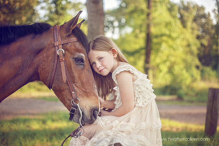 beautiful little girl and her horse in longview tx